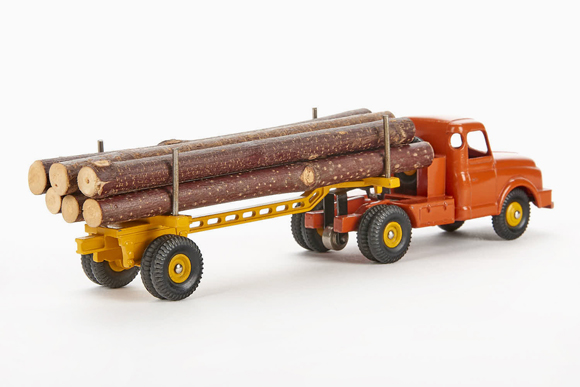 Dinky Toys 36 A Willème tractor and lumber carrier