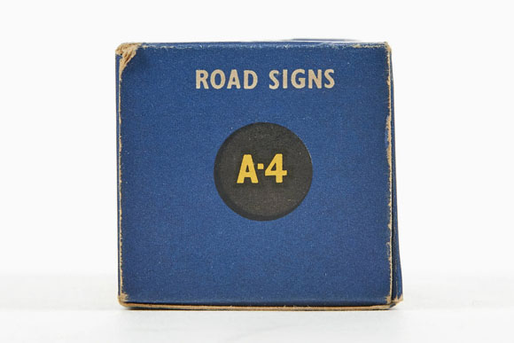 Matchbox 4 Accesory Pack Road Signs OVP