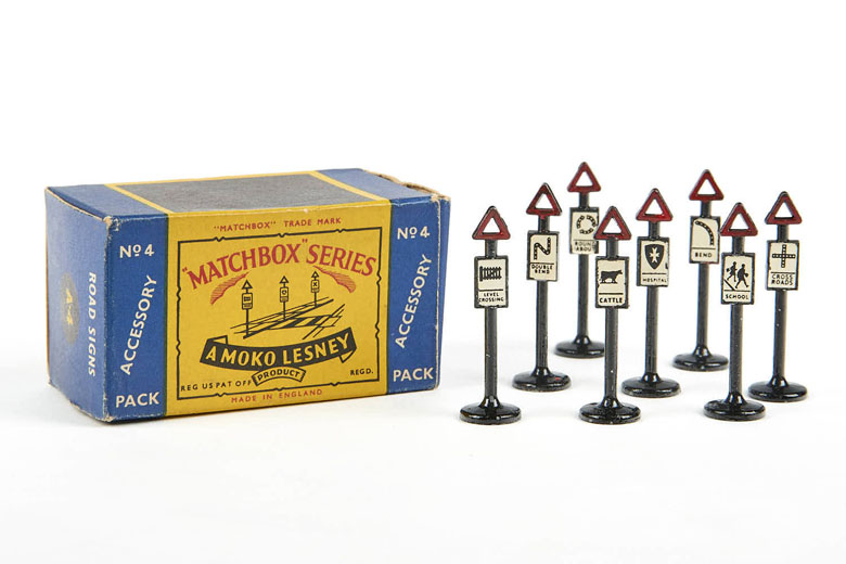 Matchbox 4 Accesory Pack Road Signs