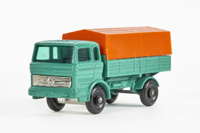 Matchbox 1 Mercedes Benz Truck