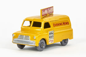 Matchbox 42 Bedford Evening News Van